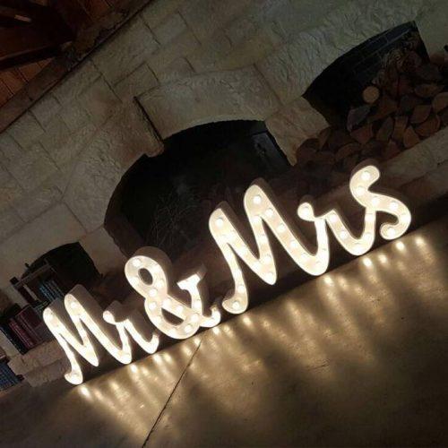 mr&Mrs for wedding