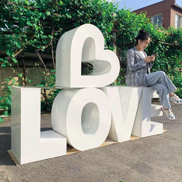 LOVE letter table for wedding